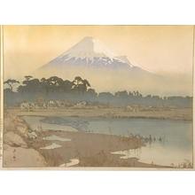 吉田博: Fujiyama, First Light of the Sun - Art Gallery of Greater Victoria