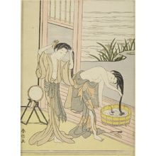 Suzuki Harunobu: Two Women Washing Their Hair, Edo period, circa 1767-1768 (Meiwa 4-5) - Harvard Art Museum