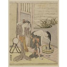 Suzuki Harunobu: Two Women Washing Their Hair - Museum of Fine Arts