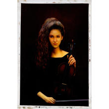 Zhangbo: Female Violin Player - Ohmi Gallery