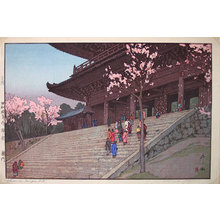 Yoshida Hiroshi: Eight Scenes of Cherry Blossoms: Chion-in Temple Gate (Sakura haddai: Sakura mon) - Scholten Japanese Art